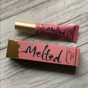 Too Faced Melted Lipstick Chihuahua NEW